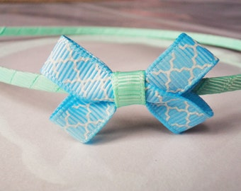 Baby blue and white print grosgrain ribbon bow metal headband