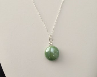 Apple Green Glass Chain Necklace