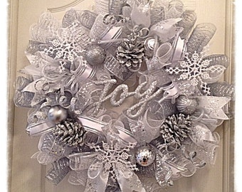 Winter Wonderland Pinecone Deco Mesh Wreath/Christmas Wreath/Snowflake Wreath/Christmas Joy Wreath/Pinecone Wreath