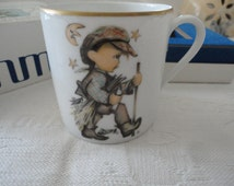 Schmid 1977 Child's Porcelain Gold Gild Trim Cup West Germany Made Moonlight Return By Sister Berta Hummel Original Box
