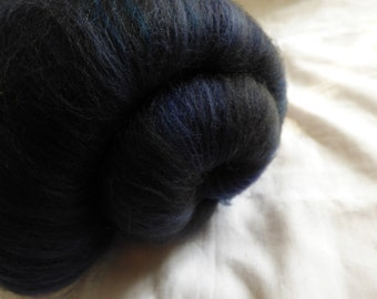 Deep Blue Sparkly Handcarded Batt for Spinning or Felting - 80g