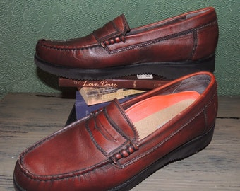 VS000010 Rockport Men's Brown Chili Penny Loafer Pebble Leather Slip On with Vibram Morflex sole Size 10.5 -By God Oddities Decor on Etsy