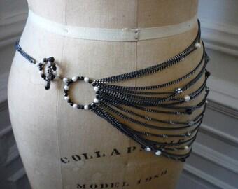 Stunning Vintage Silver Tone Black Chain Bib Necklace Pearls Rhinestones Black Jet Crystals