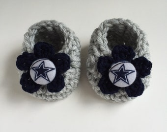 Dallas Cowboys baby girl booties, Cowboys baby shower gift, crocheted booties, Dallas Cowboys baby girl gift, infant baby shoes,