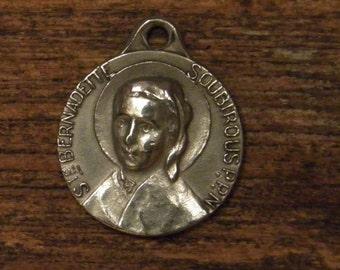 antique French silvered religious medal of saint Bernadette de Soubirous Lourdes 1844-1879