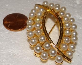 Pearl Gold Tone Brooch