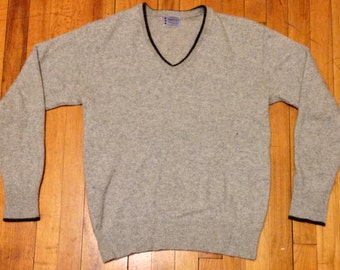 1950s grey v-neck sweater Towncraft