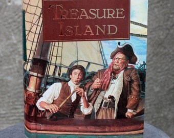 Vintage 1994 TREASURE ISLAND, Illustrated by Norman Price, hardcover