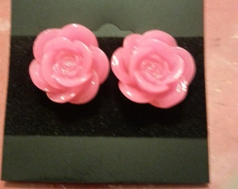 Beautiful stud Flower earrings