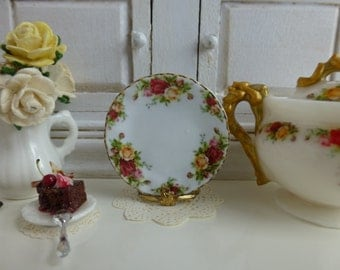 Old Country Roses Dollhouse Miniature Plate