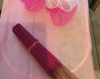 20 strawberry incense sticks