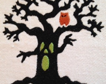 Scary Tree machine embroidery design