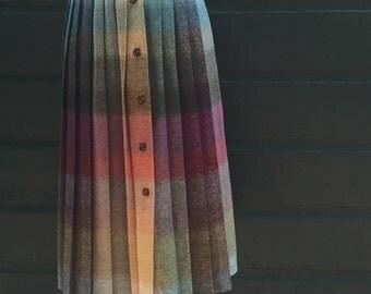 Colorful Pleated Vintage Skirt