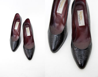 Vintage shoes // Karl Lagerfeld black leather pumps // size 37-7