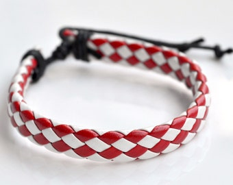 Bracelet red leather cord tiles