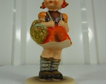 Vintage Goebel Hummel School Girl HUM 81/2/0 West Germany Figurine