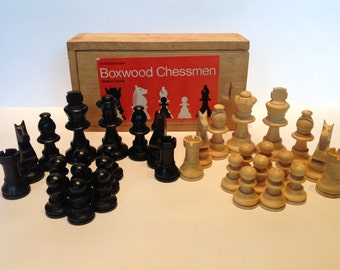 1960s French Boxwood Chess Set.