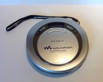Sony Walkman Portable CD Player & Carry Case.