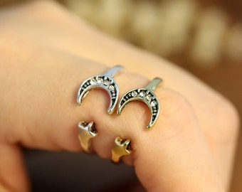 Married to the Moon, Crystal Crescent Moon and Star Ring