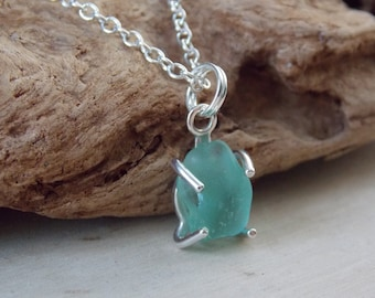 Sea Glass Necklace, Sea Glass Necklace, Ocean Necklace, Ocean Jewelry, Sea Glass Bead, Sea Glass, Beach Jewelry, Nautical Necklace, Ocean