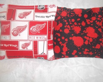 8 ACA Regulation Cornhole Bags - 8 NHL Detroit Redwings and Blood Splatters