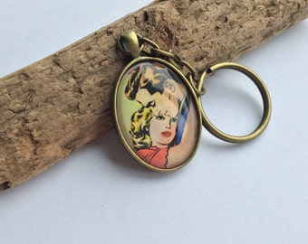 Blonde haired sweethearts in love vintage keyring