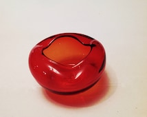 Red Art Glass Ashtray Vintage Collectible Bubble Style Tabacciana