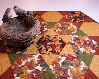 Autumn Quilted Table Topper, Autumn Quilted Hexagon Table Mat, Scattered Leaves, Rust Gold Green Brown, Quiltsy Handmade