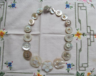 Button Necklace Mother of Pearl Button Necklace, Retro Wedding Necklace Vintage