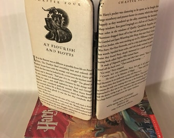 Harry Potter Themed Clasp Book Page Wallet - At Flourish and Blotts