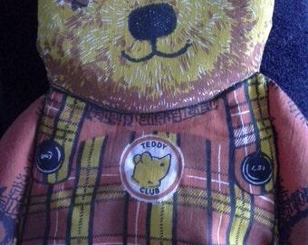A teddy bag/pouch
