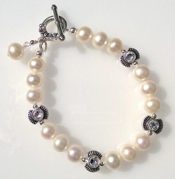 White Freshwater Pearl and Swarovski Crystal Bracelet, White Pearl Bracelet