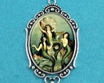 Vintage Sirens of the Sea MERMAID Pin Up Girl Necklace