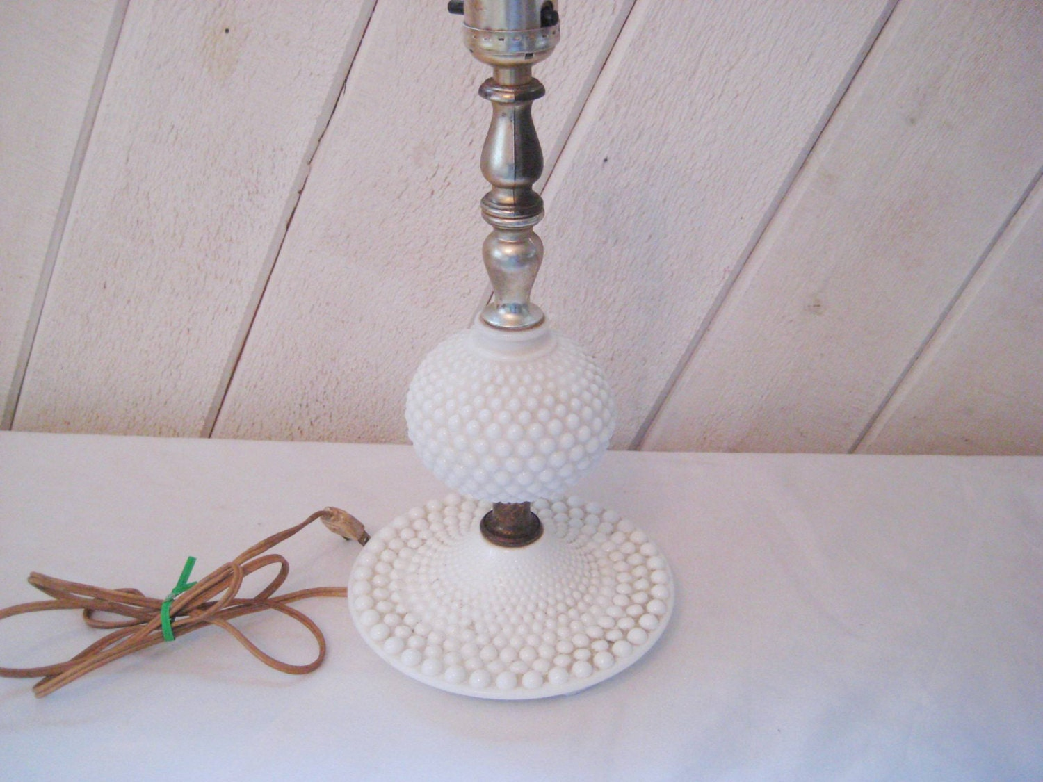 White hob nail table lamp small lamp milk glass lamp for Manicure table lamp