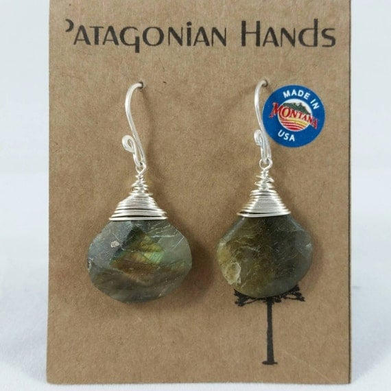 Handmade  Fine Silver (.999) and Sterling silver  earrings with Labradorite gemstone. Free shipping in the US