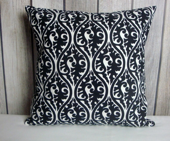 Throw Pillow. Black White Pillow. Damask Pillow. Decorative Pillow. Black Pillow. Pillow Cover. White Pillow