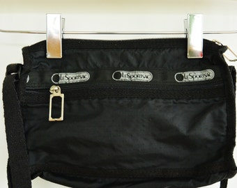 LeSportsac black Nylon Shoulder Bag 1990's Vintage Cross Body Small Light Weight Purse