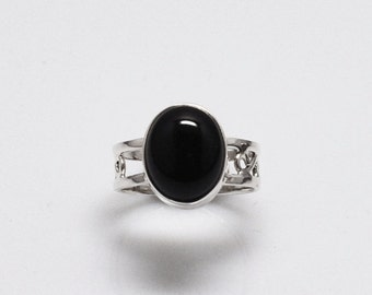 Wanderer II - Black Onyx and silver ring/ bohemian ring