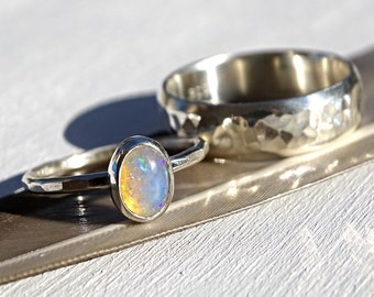 silver opal ring set, opal bridal ring set, opal engagement ring, opal wedding band silver, welo opal ring set, opal wedding ring set