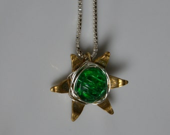 Vintage green glass button repurposed / Pendant metal flower on silver sterling chain / Vintage findings / Silver sterling