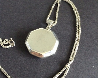 Sterling silver octagonal locket on box chain