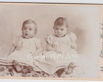 Vintage photo- Antique CDV photograph - Twins