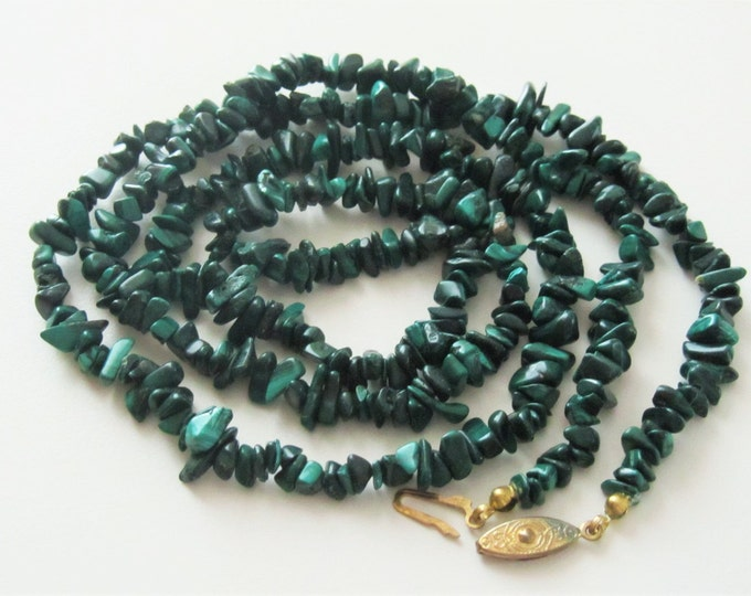 Vintage Long Necklace Polished Green Malachite Nugets slide-in-closing