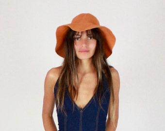Vintage 40's Floppy hat // Vintage hat, vintage felt, orange hat, wide brimmed hat, sun hat, floppy