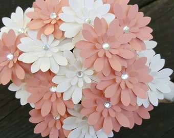 30 Peach Paper Flowers, Wedding Flowers, Paper Daisies, Wedding Centerpiece, Peach Wedding Bouquet, Peach Bouquet, Peach Centerpiece