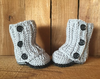 Crochet baby boots, baby booties, baby gift, baby boy boots, baby shoes, crocheted baby boots,baby girl accessory, winter