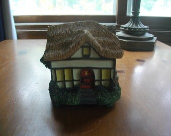 Country House Trinket/Music Box
