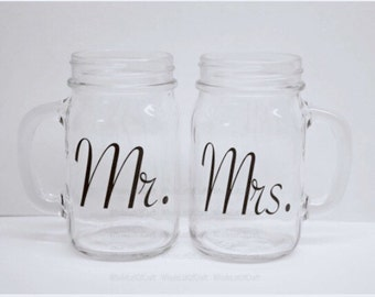 Mr and Mrs Mason Jar Mugs - Gift for the Bride and Groom - Bridal Shower Gift - Country Wedding Mason Jar - Rustic Wedding Mason Jars -