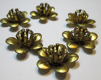 6 Vintage Brass Flower Findings