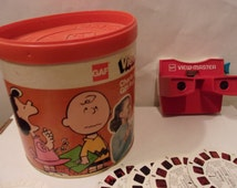 GAF view-master, Charlie Brown gift pak with 11 stereo reels